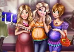 Princesas Grávidas Tiram uma Selfie